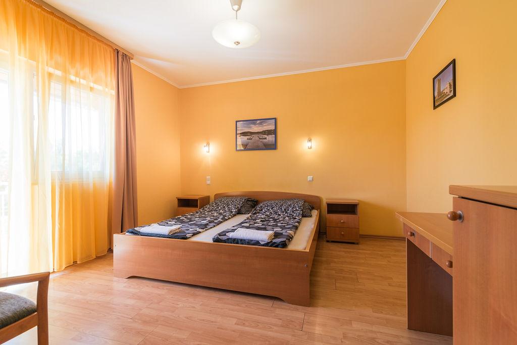 szoba01